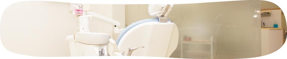 差し歯による歯茎の変色(メタルタトゥー)は、元に戻せますか?